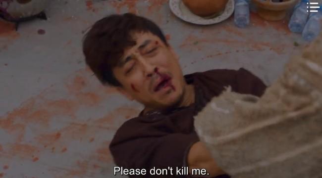 """""""Vagabond"""" tập 8: Lee Seung Gi và Suzy hợp sức cứu kẻ sát nhân, cảnh tự tay phẫu thuật khiến người xem rùng mình - Ảnh 2."""