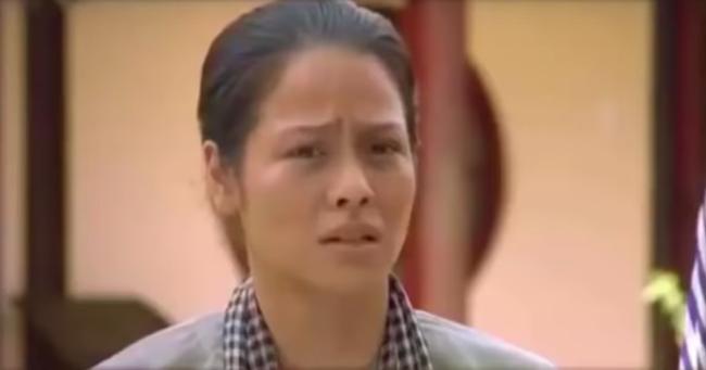 """""""Tiếng sét trong mưa"""": Lộ cảnh Thị Bình sợ hãi vợ kế của Khải Duy, bị sỉ nhục nặng nề khiến fan tức giận  - Ảnh 2."""