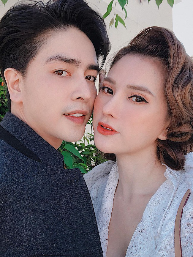 """""""Soi"""" nhất cử nhất động của sao Việt (13/10) - Ảnh 3."""