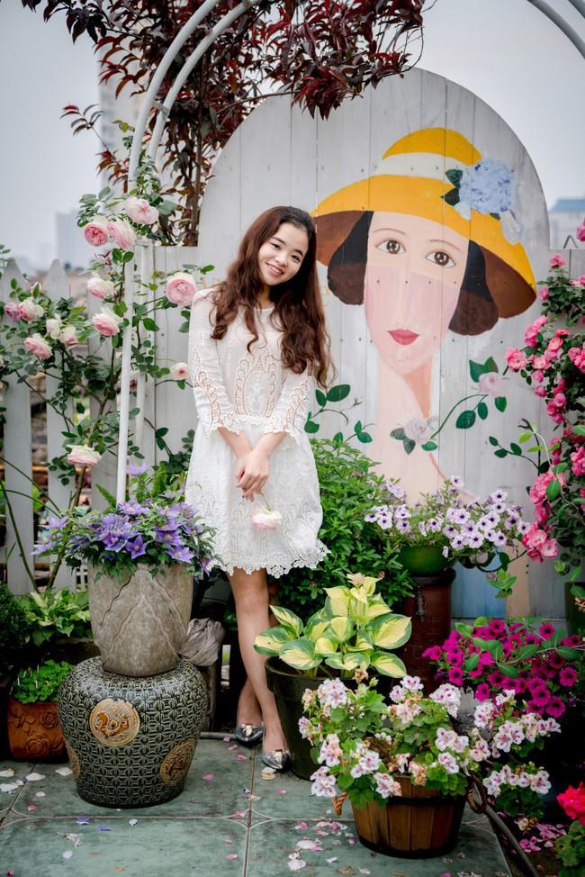 Tận dụng mái nhà bỏ hoang, người phụ nữ yêu hoa biến không gian thành khu vườn dịu dàng sắc hoa - Ảnh 6.