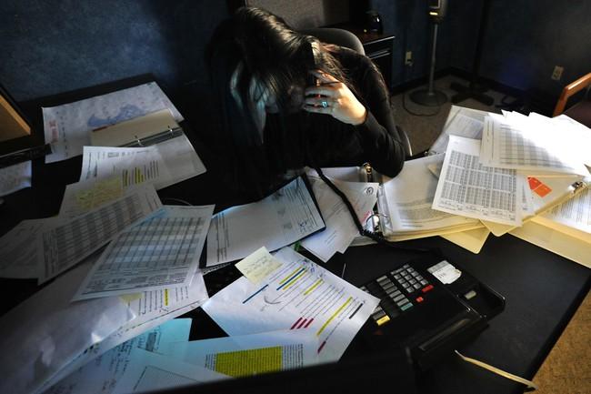 Sulli tự tử vì chứng bệnh hơn 4% dân số mắc phải, dân văn phòng cũng là đối tượng dễ bị tấn công - Ảnh 2.