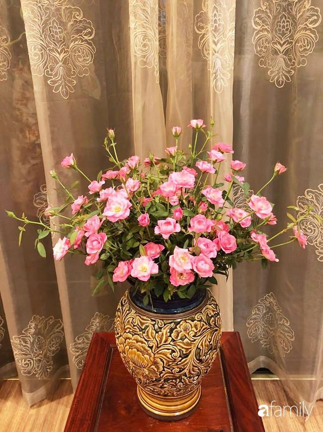 Ngày 20/10 ghé thăm không gian sống quanh năm thơm ngát hương hoa của người phụ nữ Hà Thành - Ảnh 15.