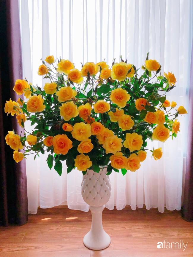 Ngày 20/10 ghé thăm không gian sống quanh năm thơm ngát hương hoa của người phụ nữ Hà Thành - Ảnh 8.