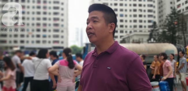 Anh Đô đại diện cư dân HH1A Linh Đàm chia sẻ: Chúng tôi mong muốn chính quyền, đơn vị chức năng nhanh chóng khắc phục để ổn định cuộc sống cho dân