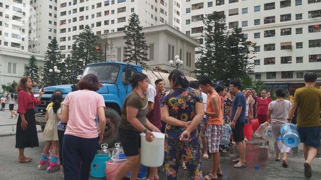 Nhiều người dân Hà Nội đau bụng, nổi mẩn nghi do nguồn nước nhiễm bẩn - Ảnh 7.