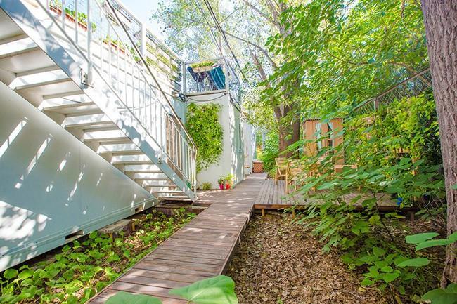 """Người đàn ông 57 tuổi vừa có sự nghiệp vừa tạo lập vườn rau xanh ở """"biệt thự"""" container tặng vợ - Ảnh 13."""
