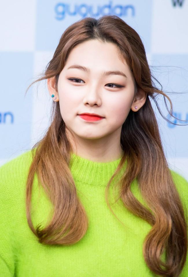 Idol Hàn gây sốc khi hé lộ cách giảm cân khắc nghiệt: Ngừng hẳn ăn, chỉ uống 2 chai nước khoáng mỗi ngày - Ảnh 1.