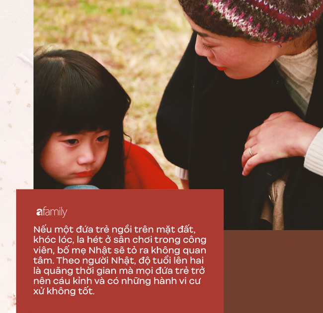 Trẻ em Nhật chẳng bao giờ khóc lóc hay nô đùa ầm ĩ ở nơi công cộng, đó là nhờ bố mẹ biết cách kỷ luật hiệu quả và tích cực - Ảnh 1.