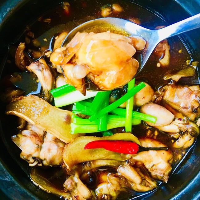 Chẳng phải tốn tiền ra tiệm ăn cháo ếch Singapore nữa, vì tôi có người bạn ở Sing chỉ cho cách nấu rồi! - Ảnh 6.
