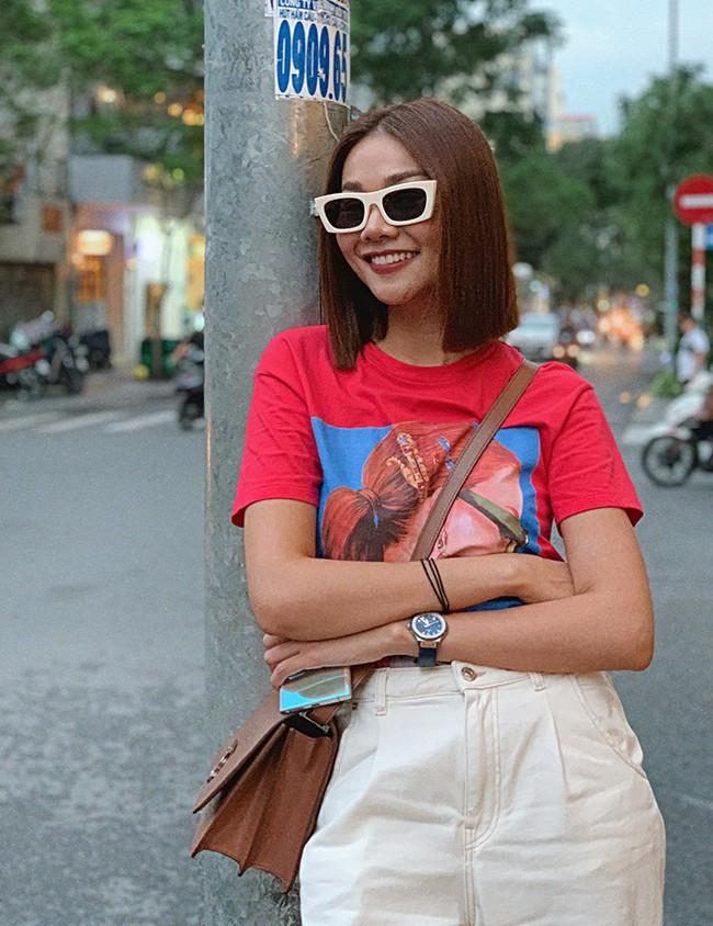 """""""Soi"""" nhất cử nhất động của sao Việt 18/10 - Ảnh 8."""