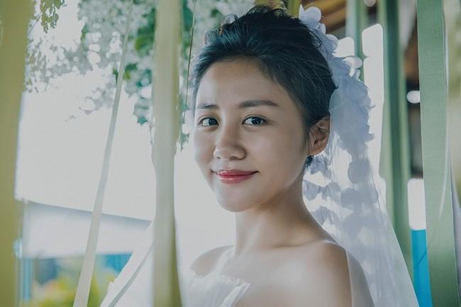 """Mới gây sốt vì thông tin sắp làm cô dâu, Văn Mai Hương đã bị """"bóc phốt"""" giấy đăng ký kết hôn là hàng giả - Ảnh 1."""