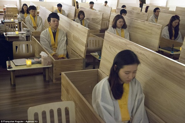 """Hàn Quốc: Đất nước thịnh vượng nhưng không hề hạnh phúc, gần 40 vụ tự sát mỗi ngày đến nỗi mang danh """"quốc gia tự tử"""" - Ảnh 5."""