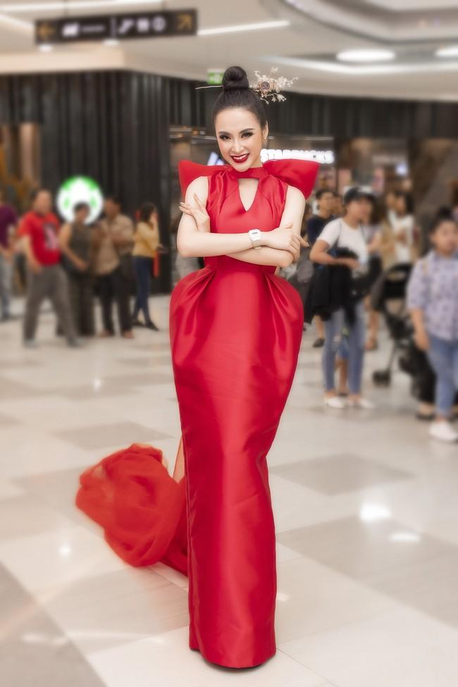 Váy cưới PHUONG MY được Harper's Bazaar Mỹ khen ngợi bên cạnh Vera Wang và Valention - Ảnh 5.