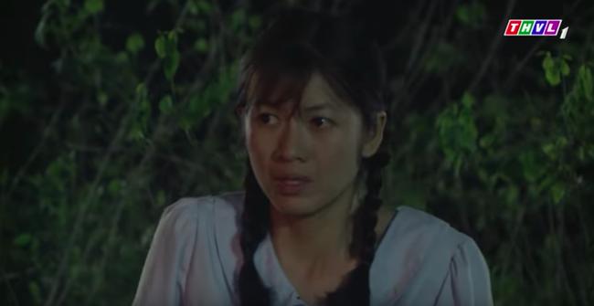 """""""Tiếng sét trong mưa"""": Cai Tuất lần thứ 2 cưỡng bức con gái Thị Bình, cô gái cố vùng vẫy rồi bị đánh ngất xỉu  - Ảnh 3."""