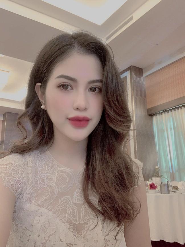 Ly hôn 4 tháng, vợ cũ Việt Anh gây bất ngờ khi tâm sự chuyện yêu đơn phương - Ảnh 3.