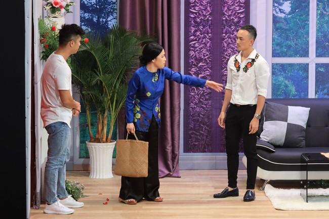 """""""Ơn giời cậu đây rồi"""": Hồ Quỳnh Hương chơi trò """"lật mặt"""" khi bị Trường Giang tố """"giết người"""" - Ảnh 13."""