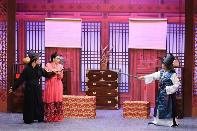 """""""Ơn giời cậu đây rồi"""": Hồ Quỳnh Hương chơi trò """"lật mặt"""" khi bị Trường Giang tố """"giết người"""" - Ảnh 5."""