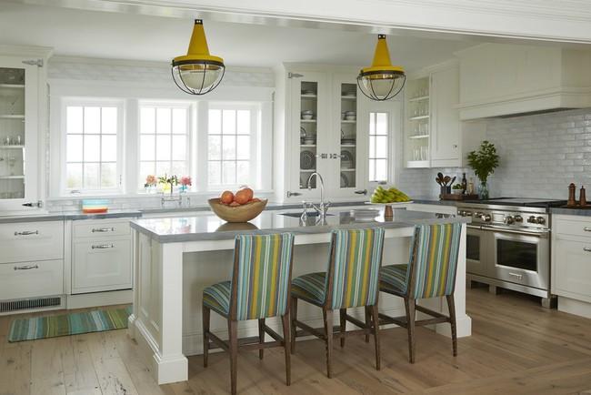 Có một mẫu đèn trang trí nhà bếp khiến ai nhìn cũng khó lòng rời mắt - Ảnh 2.