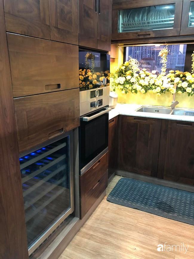 """Căn bếp nhỏ chứa """"vạn đồ"""" hữu ích bên trong khiến ai cũng bất ngờ khi mở ra của bà mẹ Hà Nội - Ảnh 23."""