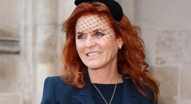 """Nữ công tước chia sẻ về phương pháp căng da mặt được ví như """"phép màu"""" giúp lấy lại làn da trẻ trung rạng rỡ - Ảnh 3."""