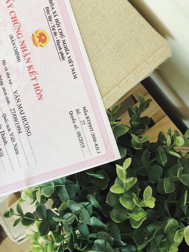 Hé lộ trọn bộ ảnh cưới của Văn Mai Hương - Bùi Anh Tuấn nhưng lý do 2 người kết hôn mới gây ngỡ ngàng - Ảnh 2.