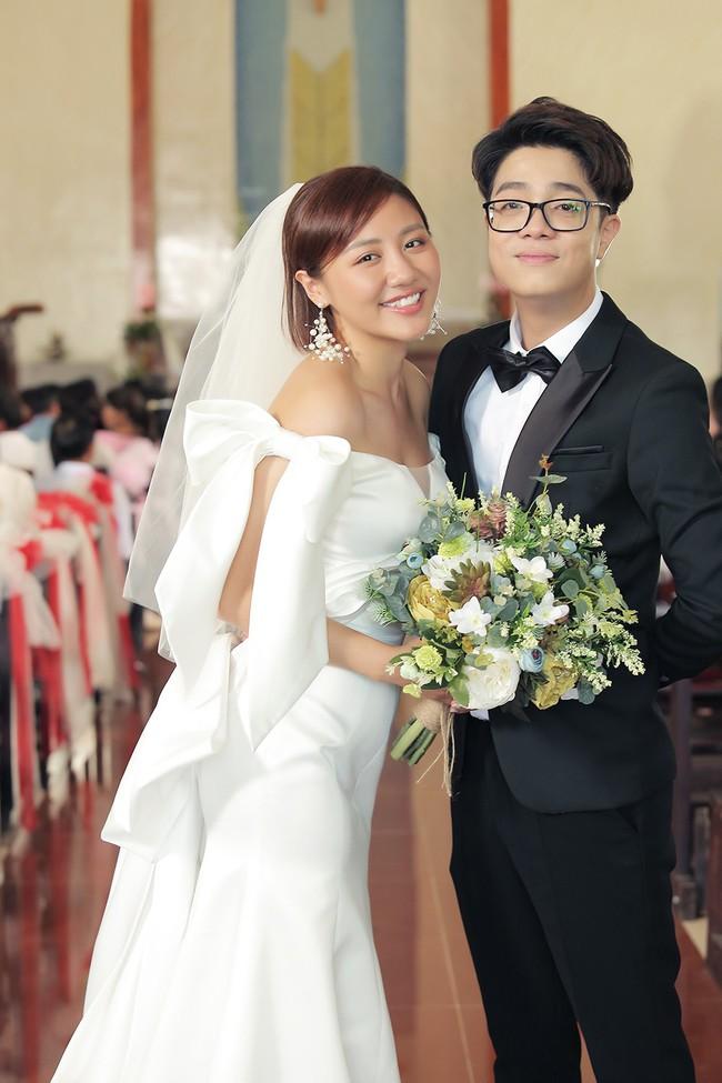 Hé lộ trọn bộ ảnh cưới của Văn Mai Hương - Bùi Anh Tuấn nhưng lý do 2 người kết hôn mới gây ngỡ ngàng - Ảnh 6.