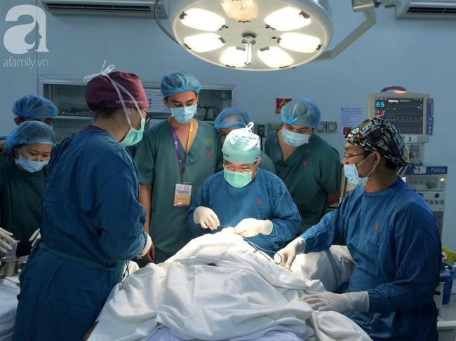 Từ hai vụ tử vong khi nâng ngực, căng da mặt: Bác sĩ tiết lộ những biến chứng thẩm mỹ có thể xảy ra - Ảnh 3.