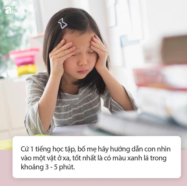 Cha mẹ không cần hò hét nhắc các con giữ khoảng cách khi ngồi học nữa, vì có 1 dụng cụ chống cận thị đơn giản thế này - Ảnh 4.