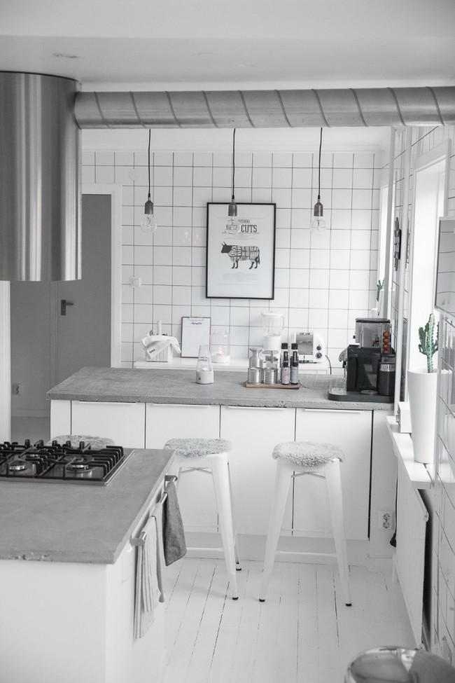 Căn hộ khoác vẻ đẹp đơn giản nhưng mang hơi thở đậm nét của một vùng đất trắng Scandinavia - Ảnh 13.