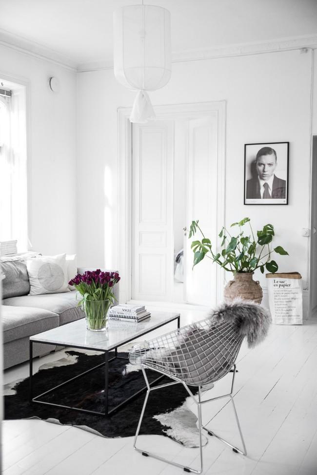 Căn hộ khoác vẻ đẹp đơn giản nhưng mang hơi thở đậm nét của một vùng đất trắng Scandinavia - Ảnh 4.