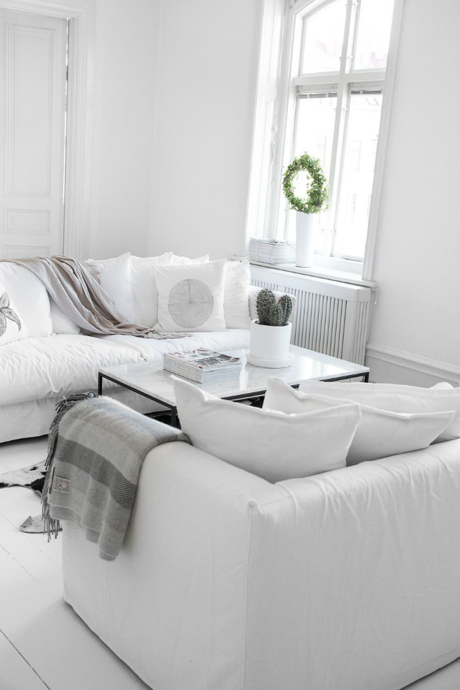 Căn hộ khoác vẻ đẹp đơn giản nhưng mang hơi thở đậm nét của một vùng đất trắng Scandinavia - Ảnh 7.