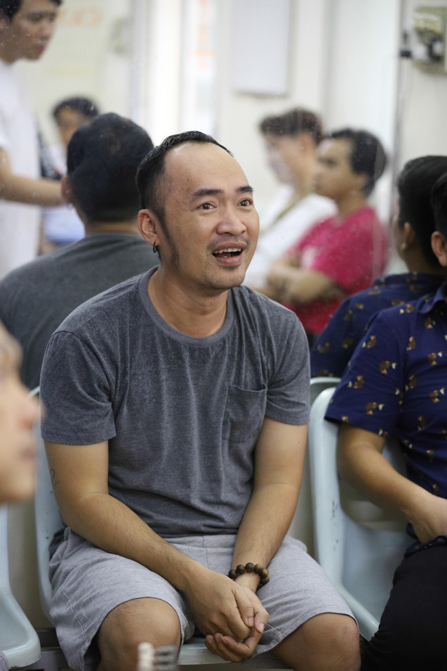 """Chẳng ai như Tiến Luật, """"lợi dụng"""" Chí Tài để công khai nói yêu Thu Trang - Ảnh 3."""