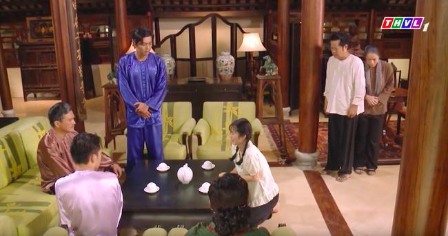 """""""Tiếng sét trong mưa"""": Thấy Xuân ngủ với Phượng, con trai Thị Bình đấm liên tiếp vào mặt em trai  - Ảnh 11."""