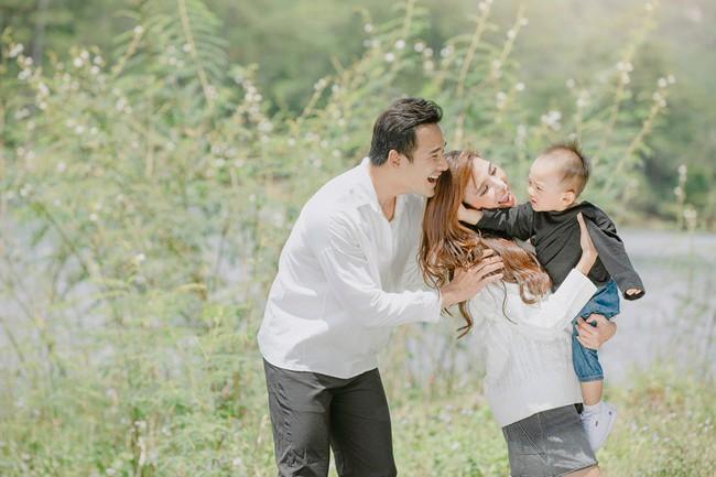 Con trai cưng Bảo Bảo của Lương Thế Thành – Thúy Diễm phấn khích cùng bố mẹ thăm thú Đà Lạt - Ảnh 8.