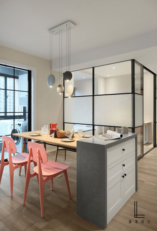 Những cách bài trí bàn ăn với đồ nội thất vô cùng nổi bật cho không gian bếp của nhà chung cư bạn nên tham khảo  - Ảnh 4.