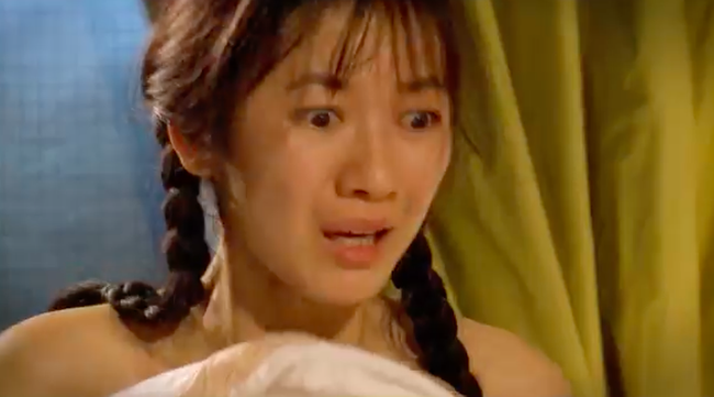 """""""Tiếng sét trong mưa"""": Thấy Xuân ngủ với Phượng, con trai Thị Bình đấm liên tiếp vào mặt em trai  - Ảnh 2."""