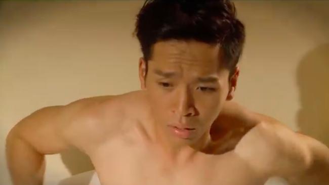 """""""Tiếng sét trong mưa"""": Thấy Xuân ngủ với Phượng, con trai Thị Bình đấm liên tiếp vào mặt em trai  - Ảnh 3."""