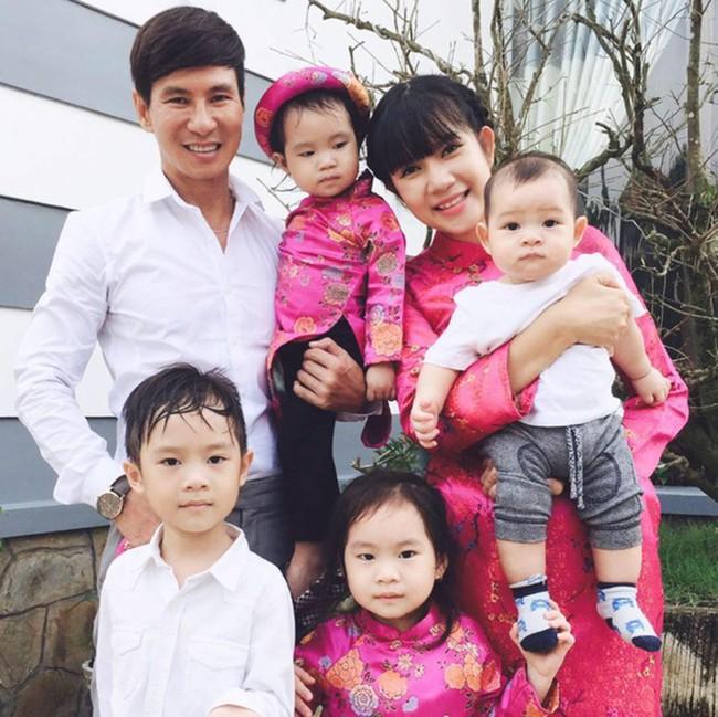 """So trình tiếng Anh của các nhóc tì nhà sao Việt: Subeo tí tuổi đã làm phiên dịch viên, con Hà Tăng giao tiếp thường ngày cũng """"bắn"""" ngoại ngữ - Ảnh 13."""