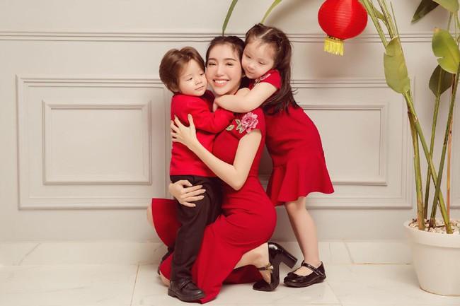 """So trình tiếng Anh của các nhóc tì nhà sao Việt: Subeo tí tuổi đã làm phiên dịch viên, con Hà Tăng giao tiếp thường ngày cũng """"bắn"""" ngoại ngữ - Ảnh 7."""