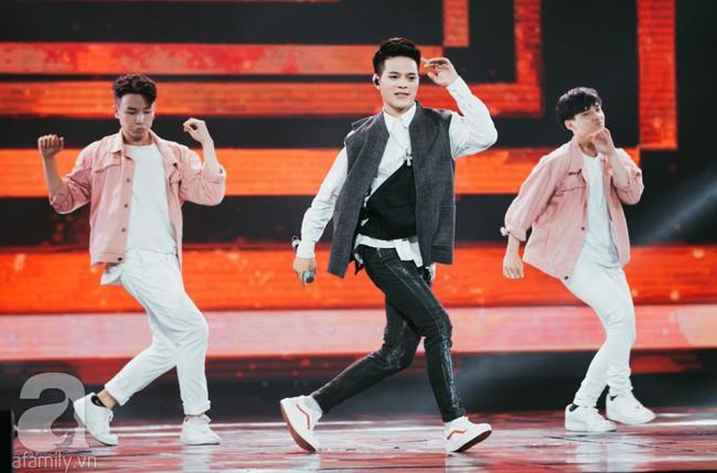 Trình diễn loạt hit triệu view, Bích Phương cùng Trúc Nhân lần lượt làm bùng nổ show âm nhạc Việt - Hàn tháng 10 - Ảnh 6.