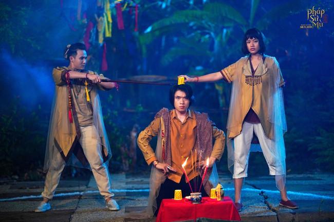"""Sau """"Bắc Kim Thang"""", đến lượt bài đồng dao """"Cô dâu chú rể"""" xuất hiện rùng rợn ở phim Việt khác - Ảnh 5."""