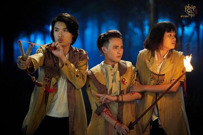 """Sau """"Bắc Kim Thang"""", đến lượt bài đồng dao """"Cô dâu chú rể"""" xuất hiện rùng rợn ở phim Việt khác - Ảnh 6."""