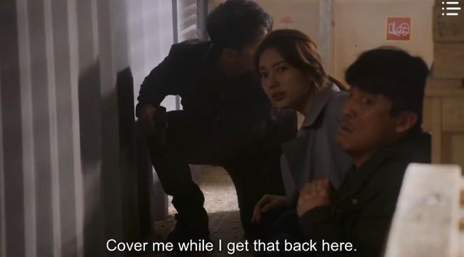 """""""Vagabond"""" tập 12: Trở về từ cõi chết, cuối cùng Lee Seung Gi và Suzy đã đưa được tên khủng bố ra hầu tòa - Ảnh 3."""