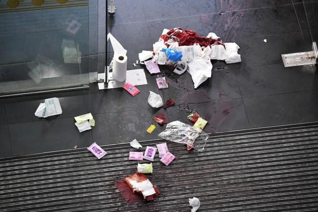 Cộng đồng mạng liên tục xin miễn án tử cho nữ tội phạm vì sắc đẹp của cô: xinh đẹp thuần khiết như thế không thể giết người - Ảnh 2.