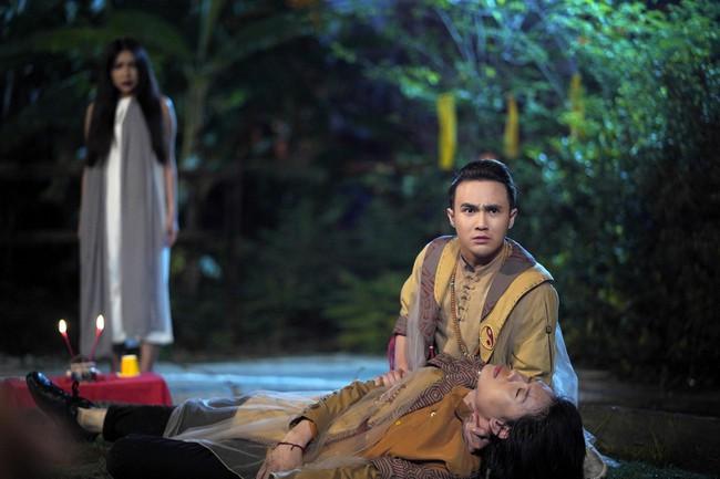 """Sau """"Bắc Kim Thang"""", đến lượt bài đồng dao """"Cô dâu chú rể"""" xuất hiện rùng rợn ở phim Việt khác - Ảnh 9."""