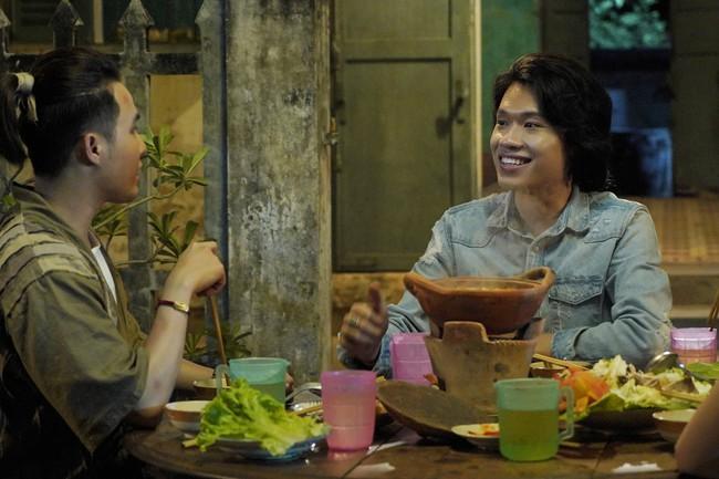 """Sau """"Bắc Kim Thang"""", đến lượt bài đồng dao """"Cô dâu chú rể"""" xuất hiện rùng rợn ở phim Việt khác - Ảnh 11."""
