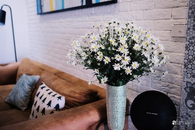 Căn hộ 86m2 rực rỡ sắc màu Halloween nhờ bàn tay khéo léo của mẹ trẻ yêu thích cắm hoa ở Hà Nội - Ảnh 29.