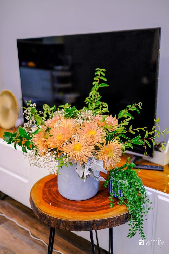 Căn hộ 86m2 rực rỡ sắc màu Halloween nhờ bàn tay khéo léo của mẹ trẻ yêu thích cắm hoa ở Hà Nội - Ảnh 11.