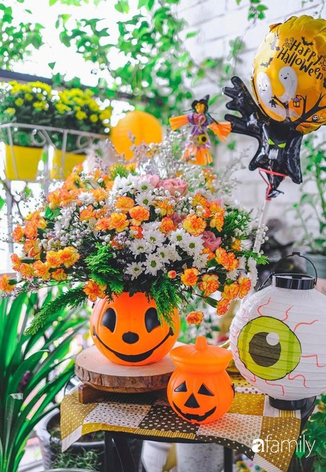 Căn hộ 86m2 rực rỡ sắc màu Halloween nhờ bàn tay khéo léo của mẹ trẻ yêu thích cắm hoa ở Hà Nội - Ảnh 12.