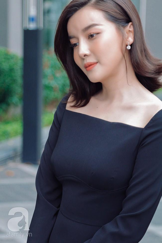 """""""Tiếng sét trong mưa"""" - Cao Thái Hà: Ba mất vì ung thư khi đang quay phim, tôi dừng đóng khóc suốt 3 ngày đêm  - Ảnh 9."""